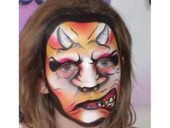 Haladó arcfestés tanfolyamon