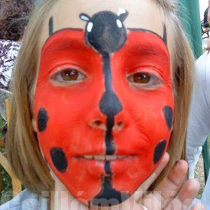 Katicabogár-arcfestés