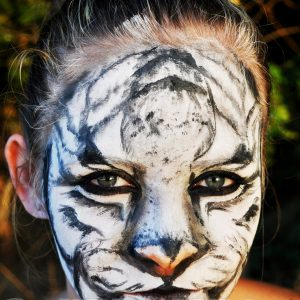 Fehértigris-arcfestés