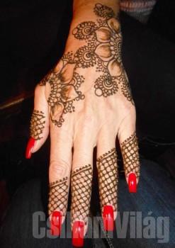 Művészi hennafestő workshop, Hegyiné Hegedűs Gyöngyvér